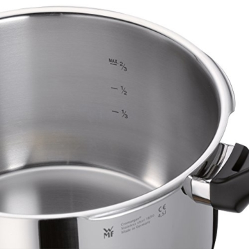 WMF Perfect Schnellkochtopf Set 2-teilig 6,5l & 3,0l, Cromargan Edelstahl poliert, 2 Kochstufen Einhand-Kochstufenregler, induktionsgeeignet, spülmaschinengeeignet, Ø 22 cm - 3